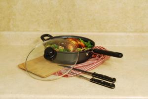 Skillets & Griddles by CookPro