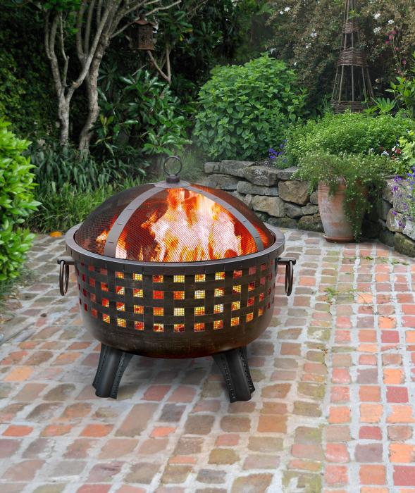 Landmann Antique Brass & Black Firepit, Savannah Collection