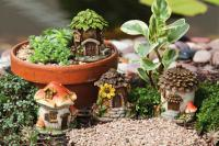 Evergreen Enterprises Mini Fairy House Statues Set of 4