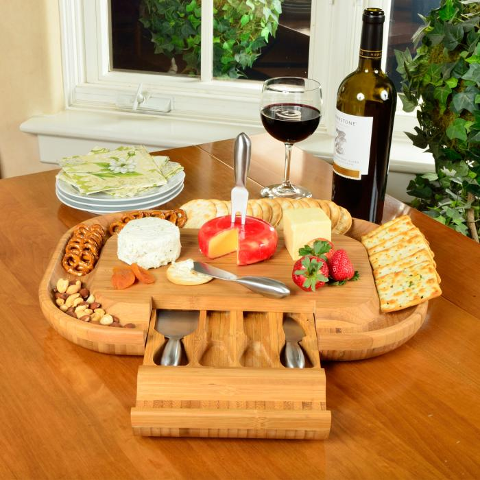 Picnic at Ascot Malvern Deluxe Bamboo Cheese Board Set with 4 Tools