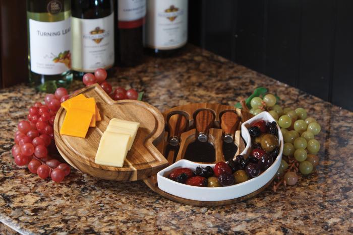 Picnic Plus Costa Cheese Board - Acacia Wood