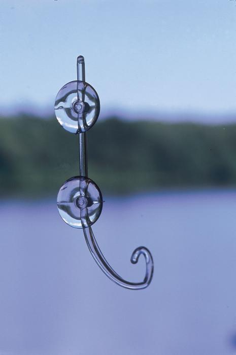 Birds Choice The Great Hangup Hanging Window Hook with 2 Suction Cups