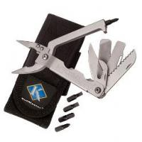 KutMaster 17-Function MultiMaster w/Needle-Nose Pliers