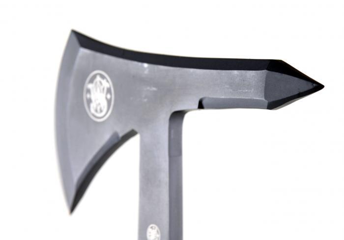 Smith & Wesson Extraction & Evasion Tomahawk with Nylon Belt Sheath