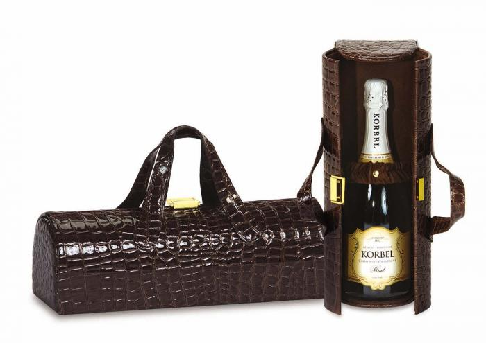 Picnic Plus Carlotta Clutch Wine Bottle Clutch, Chocolate Croc