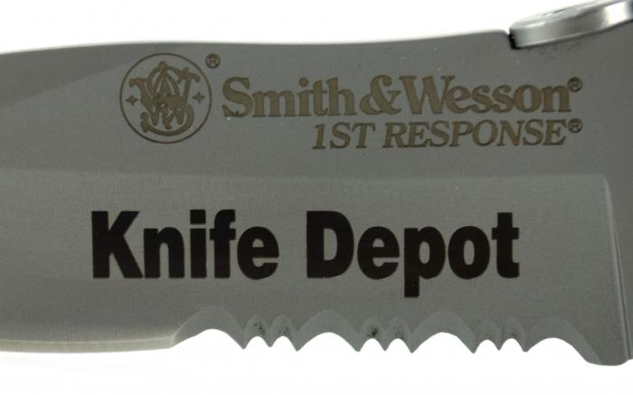 Engraved Smith & Wesson First Response Drop-Point Serrated Pocket Knife