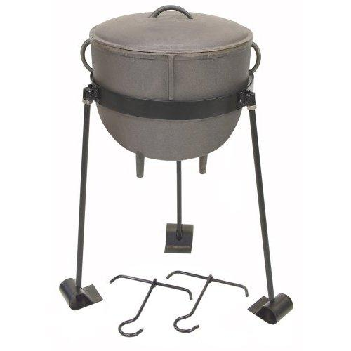 Bayou Classic 4-Gallon Cast Iron Stew Pot with Cast Iron Lid, Tripod Stand, and 2 Lift Hooks