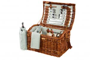Picnic Baskets for 4 by Picnic and Beyond